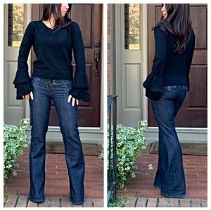 Sweaters - Black bell sleeves sweater